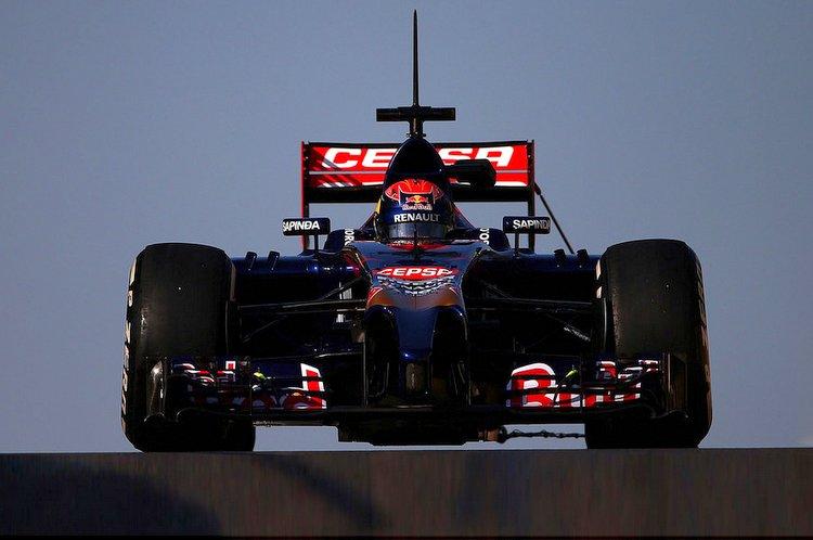 Max+Verstappen+F1+Testing+Abu+Dhabi+Day+2+AtKm-QVNkBax-001