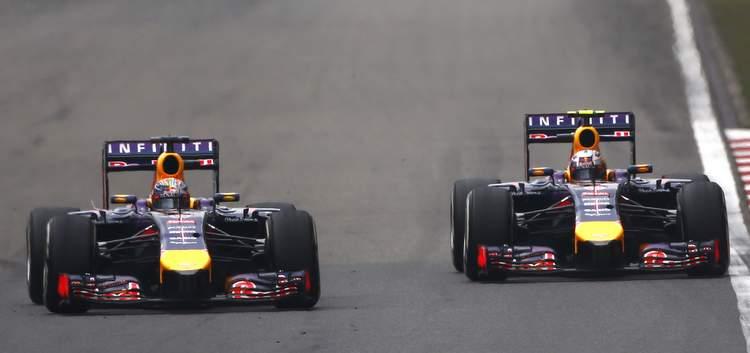 Sebastian+Vettel+Daniel+Ricciardo+F1+Grand+VrX0HAnSkwpx