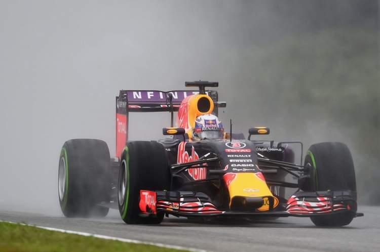 Daniel-Ricciardo-F1-Grand-Prix-Malaysia-