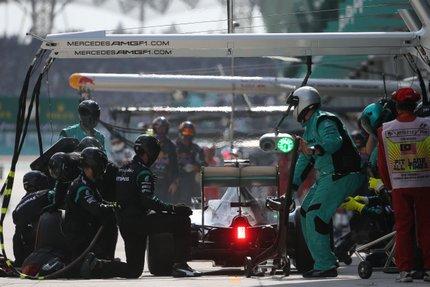 F12015GP02MAL_HZ84401.jpg