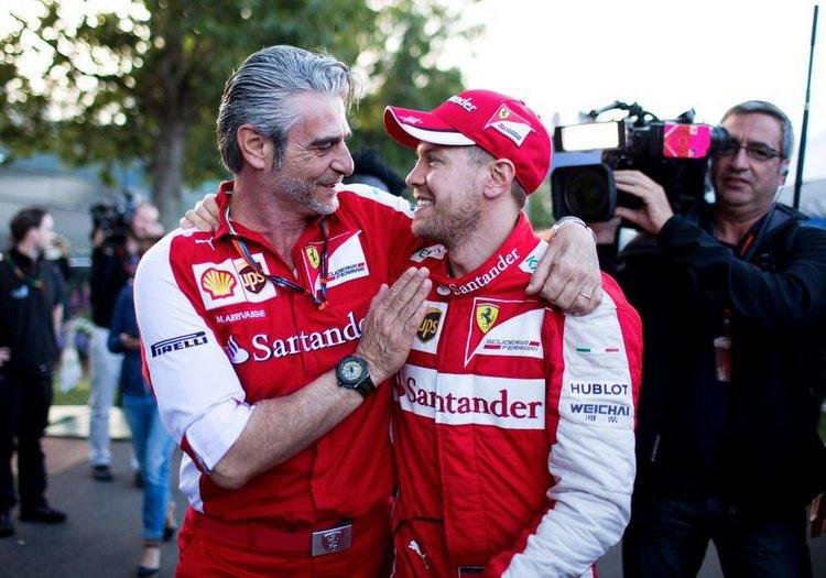 [Imagen: Arrivabene-Vettel.jpg]
