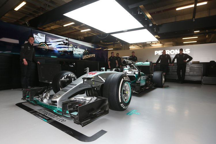 Report claims mercedes f1 engines are not equal grand for Garage formule m