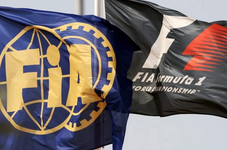 FIA logo flags F1