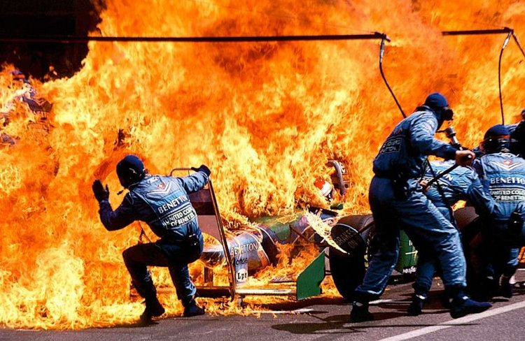 Benetton fuel fire German GP Hockenheim Verstappen