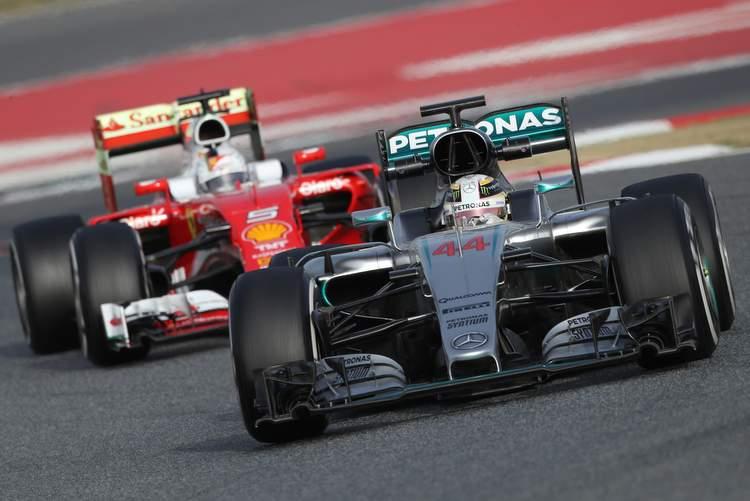 Lewis Hamilton Sebastian Vettel Ferrari Mercedes Barcelona test