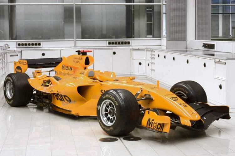 McLaren return to orange for 2017?
