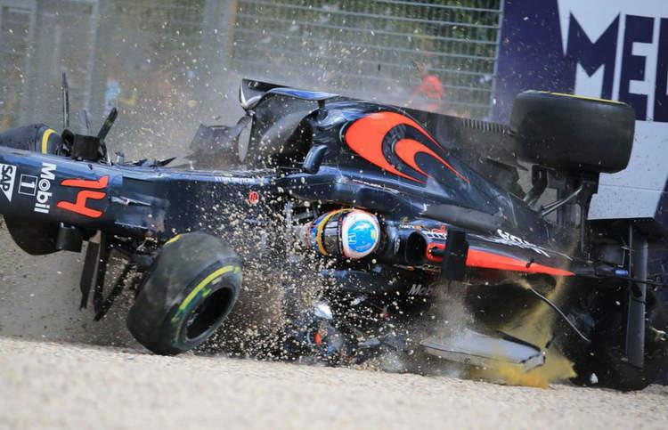 alonso crash australian grand prix mclaren