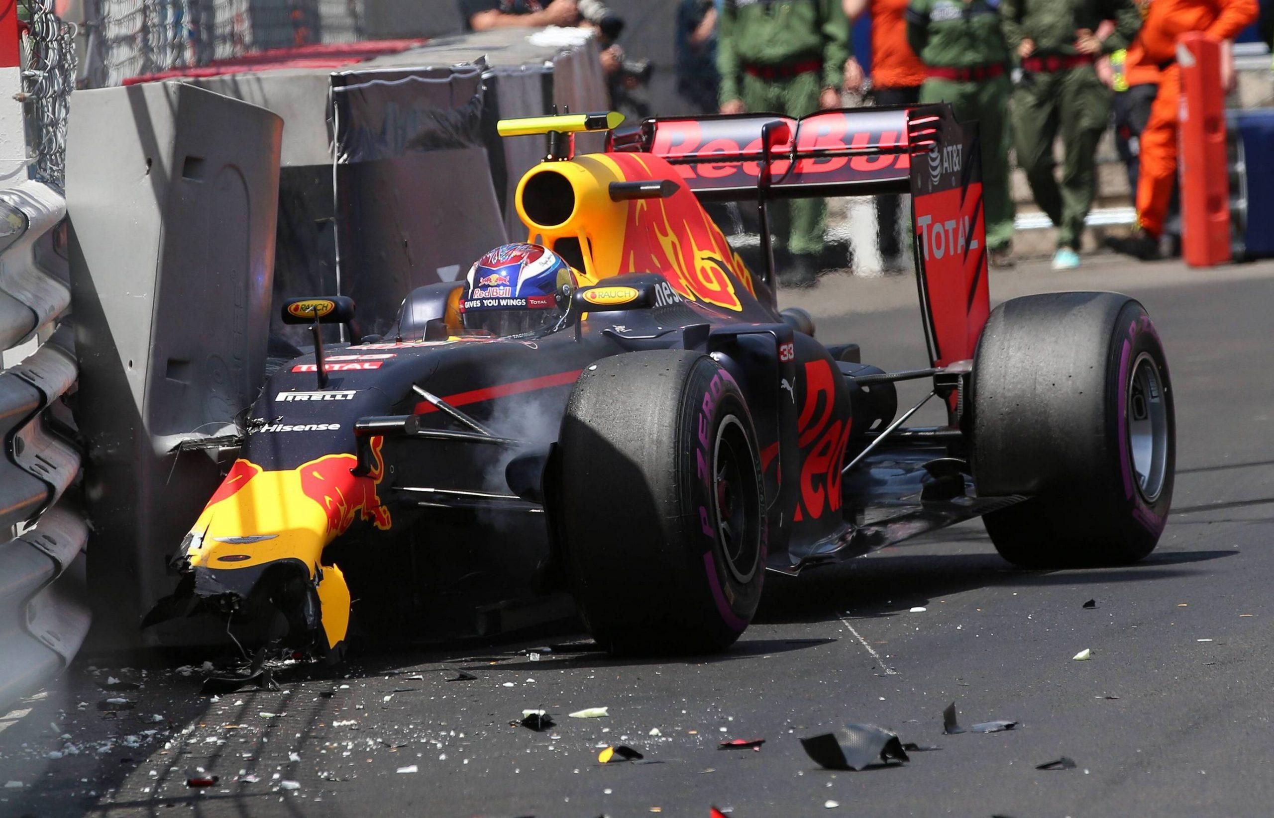 Crash Max Verstappen Red Bull Racing formula 1 GP Monaco 28 05 2016 Photo mspb Jerry Andre Crash