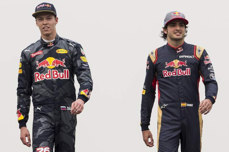 SHANGHAI, CHINA - APRIL 14: Daniel Ricciardo of Australia and Red Bull Racing, Daniil Kvyat of Russia and Red Bull Racing, Carlos Sainz of Spain and Scuderia Toro Rosso and Max Verstappen of Netherlands and Scuderia Toro Rosso pose for a photo on the track during previews to the Formula One Grand Prix of China at Shanghai International Circuit on April 14, 2016 in Shanghai, China. (Photo by Mark Thompson/Getty Images) // Getty Images / Red Bull Content Pool // P-20160416-00270 // Usage for editorial use only // Please go to www.redbullcontentpool.com for further information. //