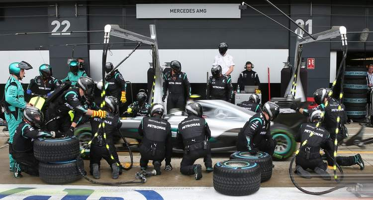 Driver Must Pit To Sort Problems As Per New F1 Radio Rules