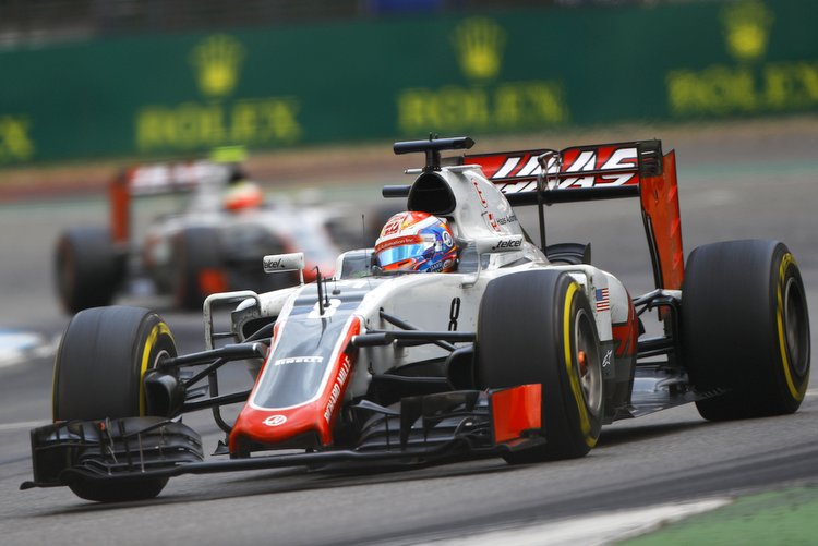 Hockenheim, Germany. Sunday 31 July 2016. Romain Grosjean, Haas VF-16, leads Esteban Gutierrez, Haas VF-16. World Copyright: LAT Photographic ref: Digital Image _ONY0779