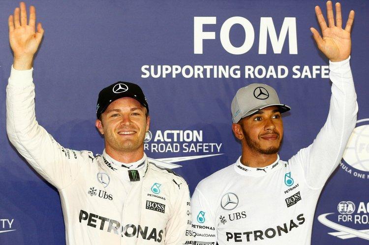 Formel 1 - MERCEDES AMG PETRONAS, Großer Preis von Singapur 2016. Lewis Hamilton, Nico Rosberg ;Formula One - MERCEDES AMG PETRONAS, Singapore GP 2016. Lewis Hamilton, Nico Rosberg;