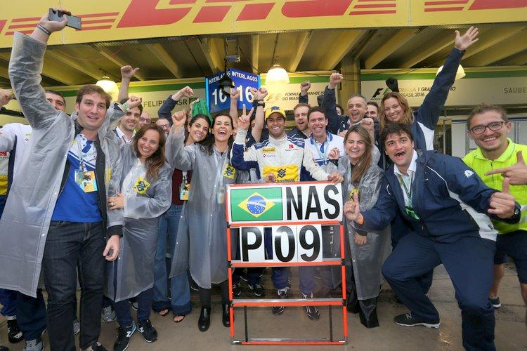 Sauber Felipe Nasr celebrate