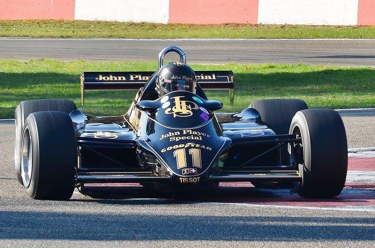 Zolder Masters Historic + Belcar Sat 2016 (2) Greg Thorton - Lotus 91-5