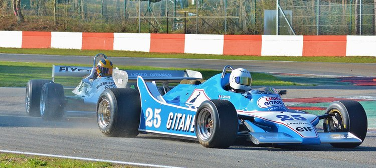 Zolder Masters Historic + Belcar Sat 2016 (53) Pierre-Alain France - Ligier JS 11-15 leads Christophe D'╡nsembourg - William FW07-C