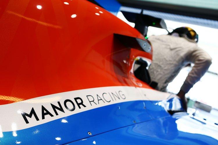 Pascal Wehrlein (GER) Manor Racing MRT05. 25.11.2016. Formula 1 World Championship, Rd 21, Abu Dhabi Grand Prix, Yas Marina Circuit, Abu Dhabi, Practice Day.