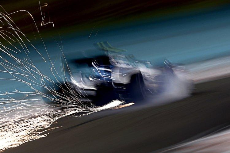 Yas Marina Circuit, Abu Dhabi, United Arab Emirates. Friday 25 November 2016. Sparks fly from the car of Valtteri Bottas, Williams FW38 Mercedes. Photo: Glenn Dunbar/Williams ref: Digital Image _X4I1981