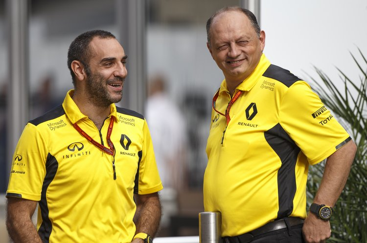 ABITEBOUL Cyril (fr) Renault Sport managing director ambiance portrait VASSEUR Frederic (fra) racing director Renault Sport Racing F1 team ambiance portrait during the 2016 Formula One World Championship, United States of America Grand Prix from october 21 to 23 in Austin, Texas, USA - Photo Frederic Le Floch / DPPI.