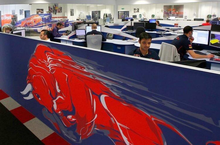 Toro Rosso factory