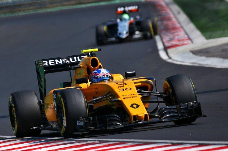 Jolyon Palmer (GBR) Renault Sport F1 Team RS16.Hungarian Grand Prix, Sunday 24th July 2016. Budapest, Hungary.