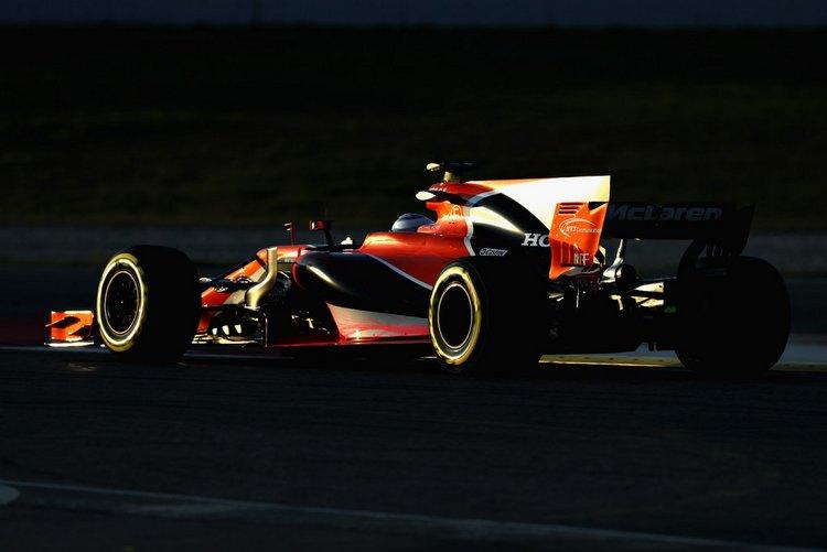 Fernando+Alonso+F1+Testing+Barcelona+Day+One+6Ojd1v9uaFUx