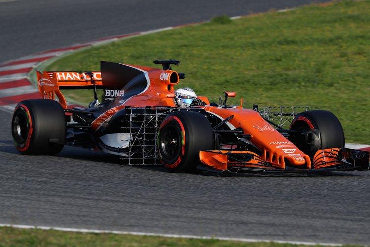 Fernando+Alonso+F1+Testing+Barcelona+Day+One+Tf-AjnuPbK8x
