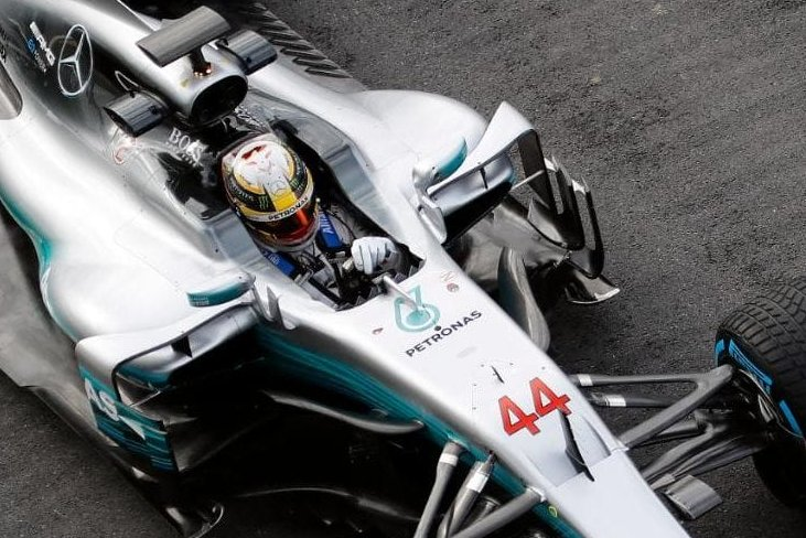 Lewis Hamilton, Mercedes W08