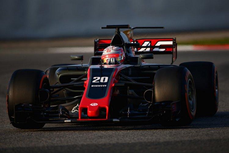 Kevin+Magnussen+F1+Testing+Barcelona+Day+One+or6mcLnkTigx