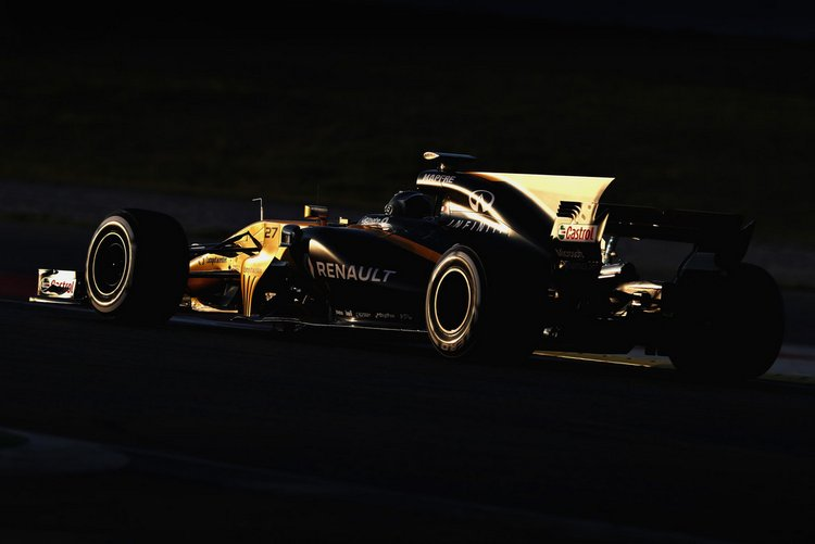 Nico+Hulkenberg+F1+Testing+Barcelona+Day+One+ocz05HJ1i9ex