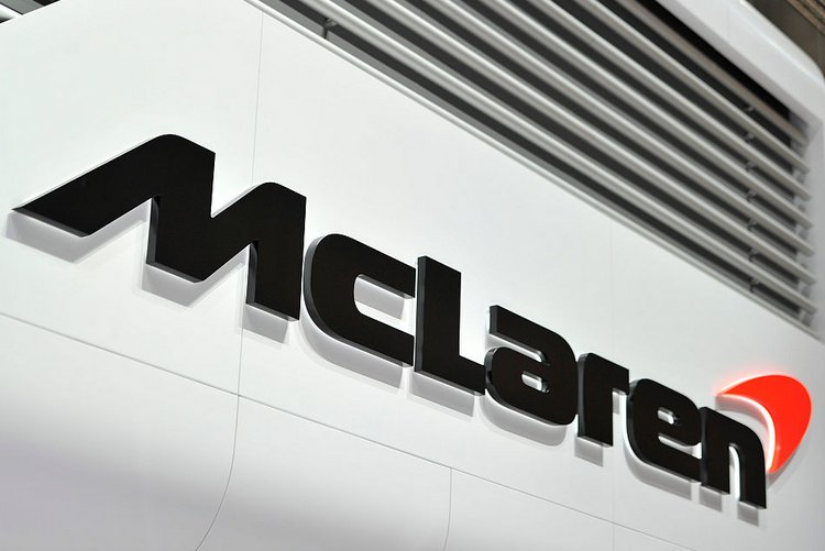 GENEVA, SWITZERLAND - MARCH 02: A McLaren logo is displayed during the Geneva Motor Show 2016 on March 2, 2016 in Geneva, Switzerland. (Photo by Harold Cunningham/Getty Images)