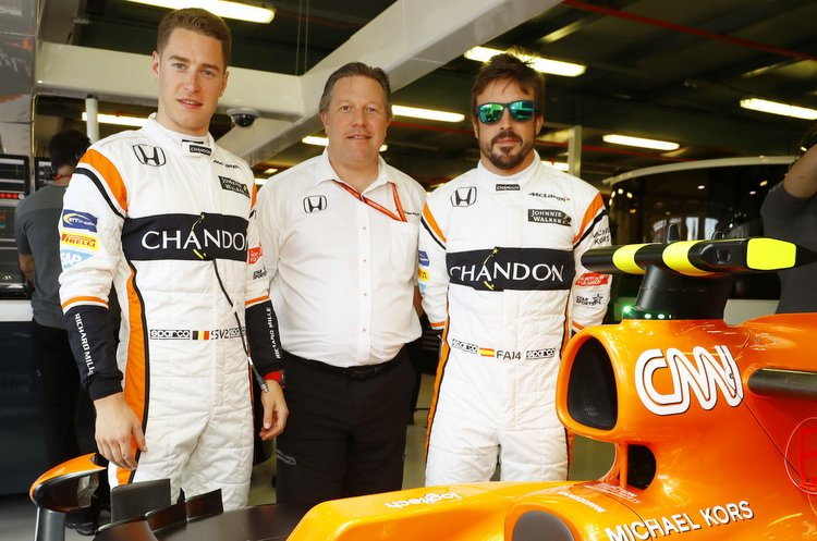Albert Park, Melbourne, Australia. Saturday 25 March 2017. Stoffel Vandoorne, McLaren, and Fernando Alonso, McLaren, with Zak Brown, Executive Director, McLaren Technology Group. World Copyright: Steven Tee/LAT Images ref: Digital Image _R3I9794