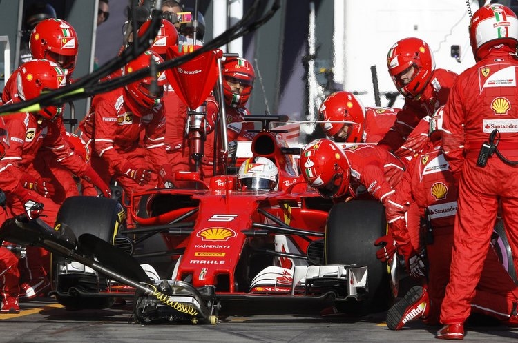 Sebastian Vettel pitstop