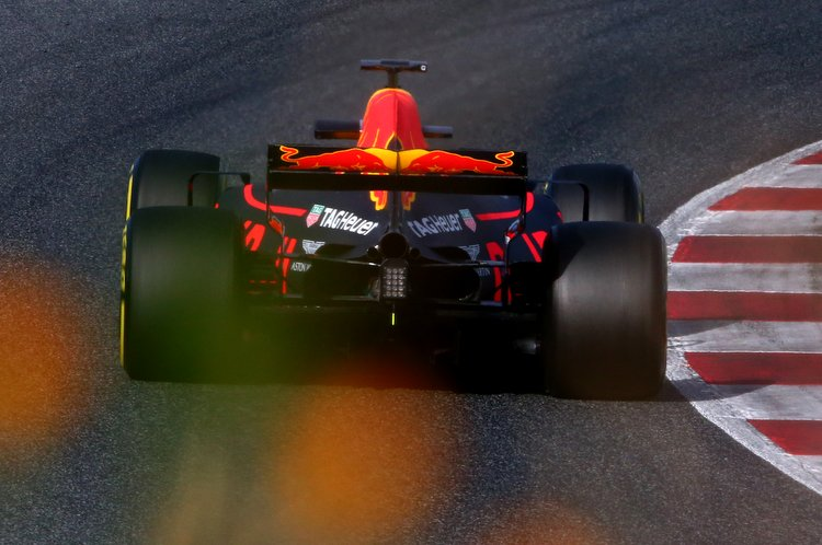 MONTMELO, SPAIN - FEBRUARY 28: Max Verstappen of the Netherlands driving the (33) Red Bull Racing Red Bull-TAG Heuer RB13 TAG Heuer on track during day two of Formula One winter testing at Circuit de Catalunya on February 28, 2017 in Montmelo, Spain. (Photo by Dan Istitene/Getty Images) // Getty Images / Red Bull Content Pool // P-20170228-01460 // Usage for editorial use only // Please go to www.redbullcontentpool.com for further information. //