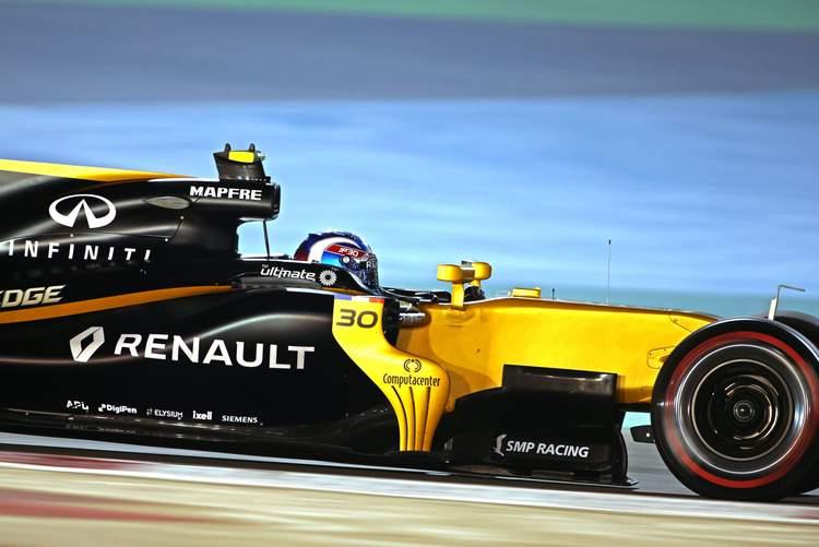Jolyon Palmer (GBR) Renault Sport F1 Team RS17.Bahrain Grand Prix, Friday 14th April 2017. Sakhir, Bahrain.