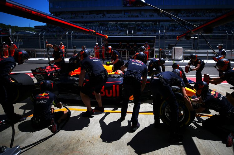 SOCHI, RUSSIA - APRIL 28: Max Verstappen of the Netherlands driving the (33) Red Bull Racing Red Bull-TAG Heuer RB13 TAG Heuer returns to the garage during practice for the Formula One Grand Prix of Russia on April 28, 2017 in Sochi, Russia. (Photo by Dan Istitene/Getty Images) // Getty Images / Red Bull Content Pool // P-20170428-00765 // Usage for editorial use only // Please go to www.redbullcontentpool.com for further information. //