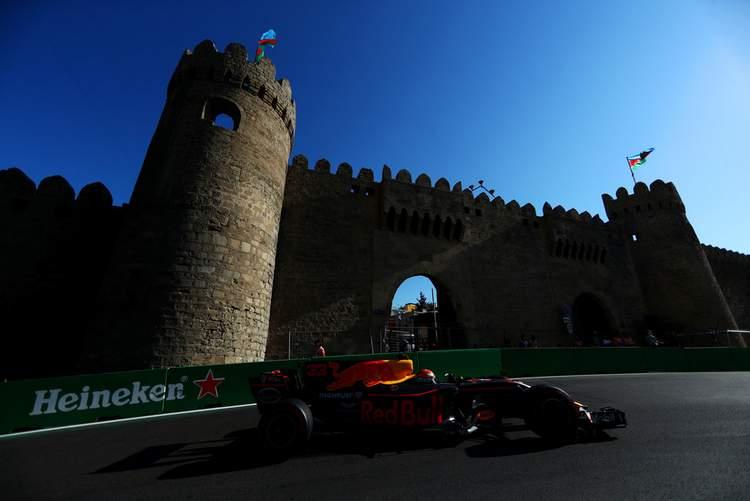 Azerbaijan+F1+Grand+Prix+Qualifying+IuvBGYZ1jHmx