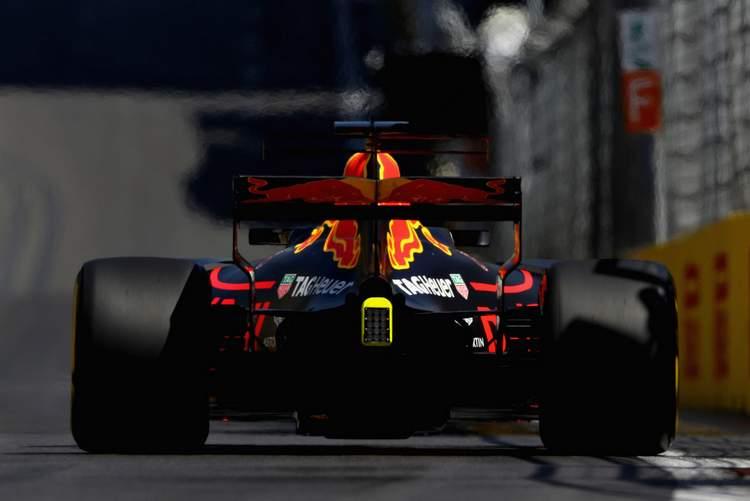 Azerbaijan+F1+Grand+Prix+Qualifying+X2YA_hy6FKcx