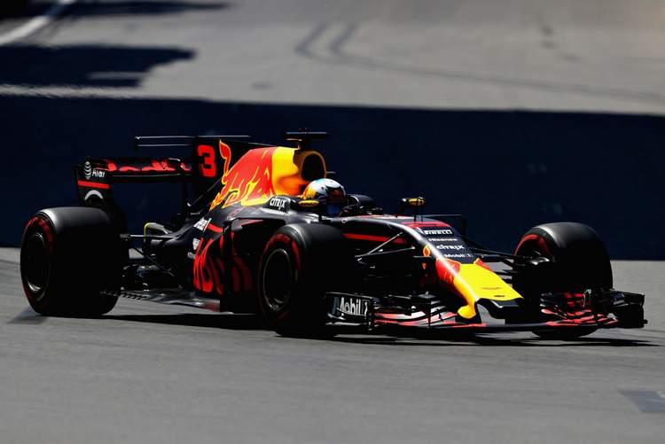 Azerbaijan+F1+Grand+Prix+Qualifying+k83XqmxfUkZx