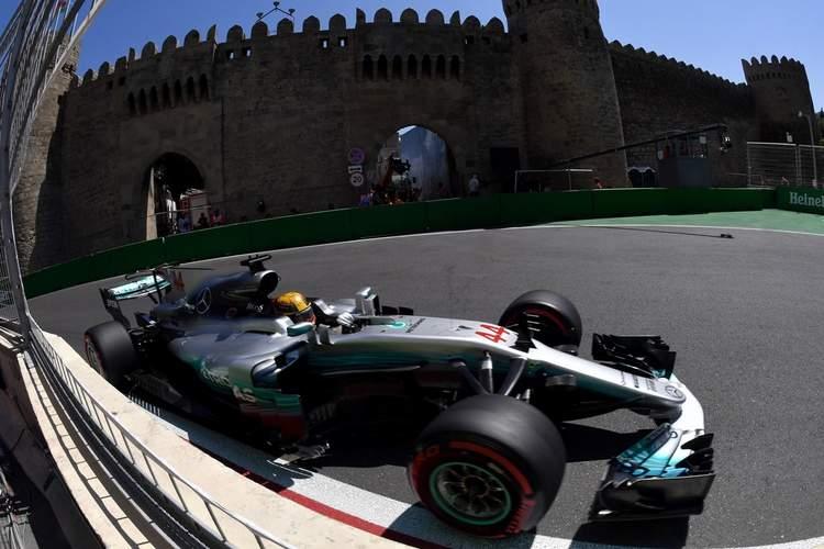 Azerbaijan+F1+Grand+Prix+Qualifying+lf0rISonjbcx