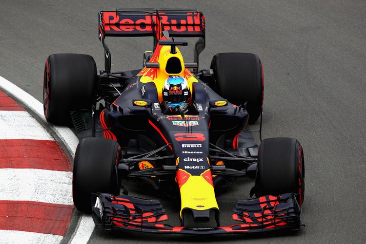 Daniel Ricciardo+F1+Grand+Prix+Practice+z1_ITKdI8-ix