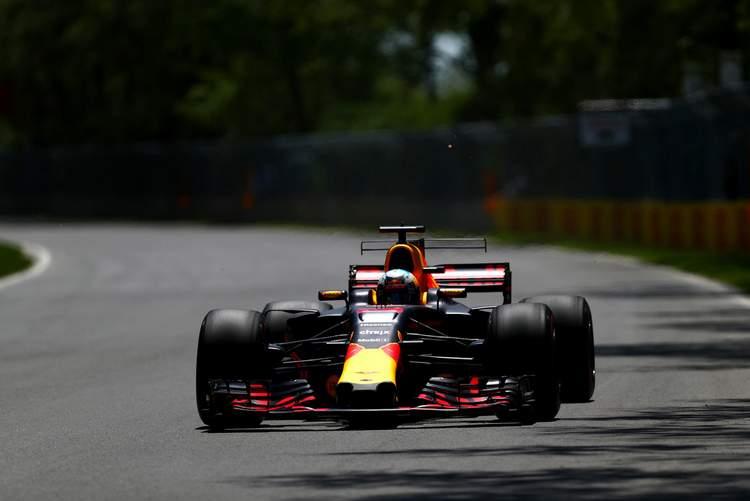 Daniel Ricciardo+F1+Grand+Prix+Qualifying+kGh84mh2howx