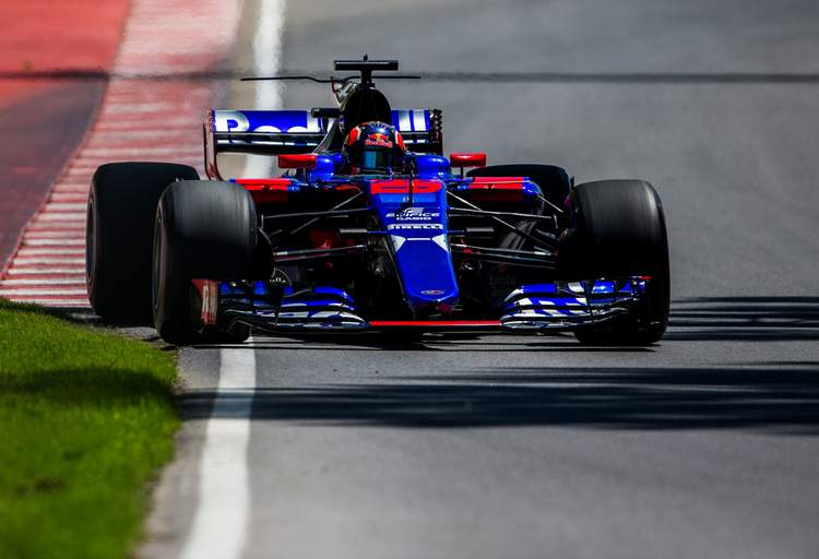 Daniil Kvyat+F1+Grand+Prix+Qualifying+064OWj7FZjix
