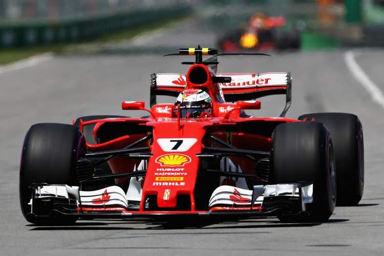 Kimi Raikkonen+F1+Grand+Prix+Qualifying+Ix2cK3IvrzHx