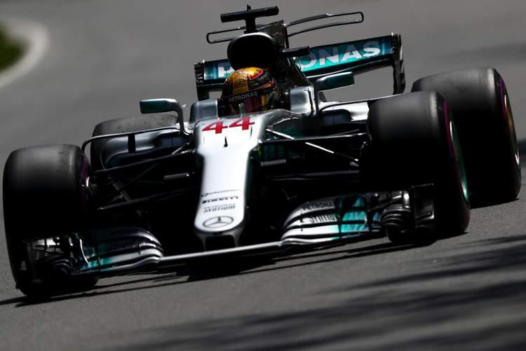 Lewis Hamilton+F1+Grand+Prix+Qualifying+7yKTje9Uj-Cx (1)