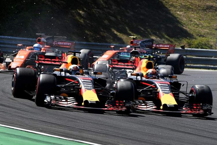 Max Verstappen, Daniel Ricciardo, collision