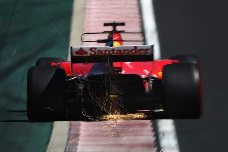 Sebastian+Vettel+F1+Grand+Prix+Hungary+Qualifying+POxeRBE1rUvx
