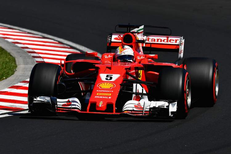 Sebastian+Vettel+F1+Grand+Prix+Hungary+Qualifying+ymRen6bKQMmx (1)