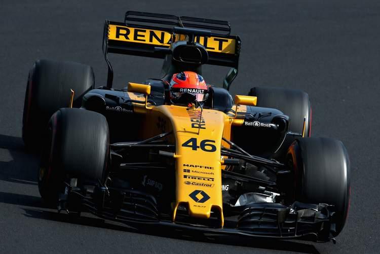 Robert+Kubica+F1+Season+Testing+Budapest+Day+PaE8EhNcsoyx