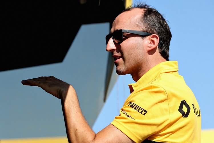 Robert+Kubica+F1+Season+Testing+Budapest+Day+SZzSTLDroS6x