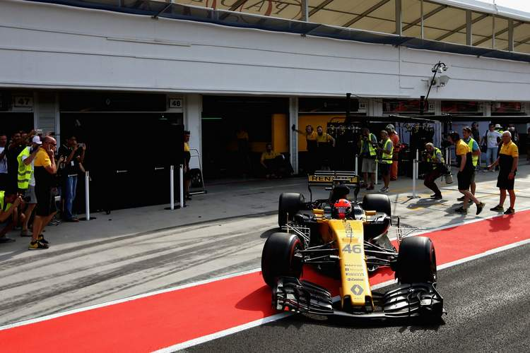 Robert+Kubica+F1+Season+Testing+Budapest+Day+qYzURZ0s2zex